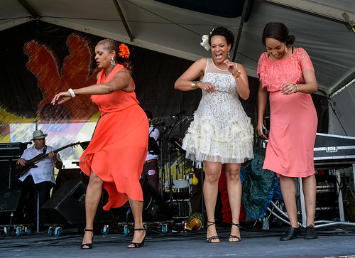 Jazz Fest Dancers w. Papo y Son Mandao on May 4, 2017 Day 4. Photo by Charlie Steiner.