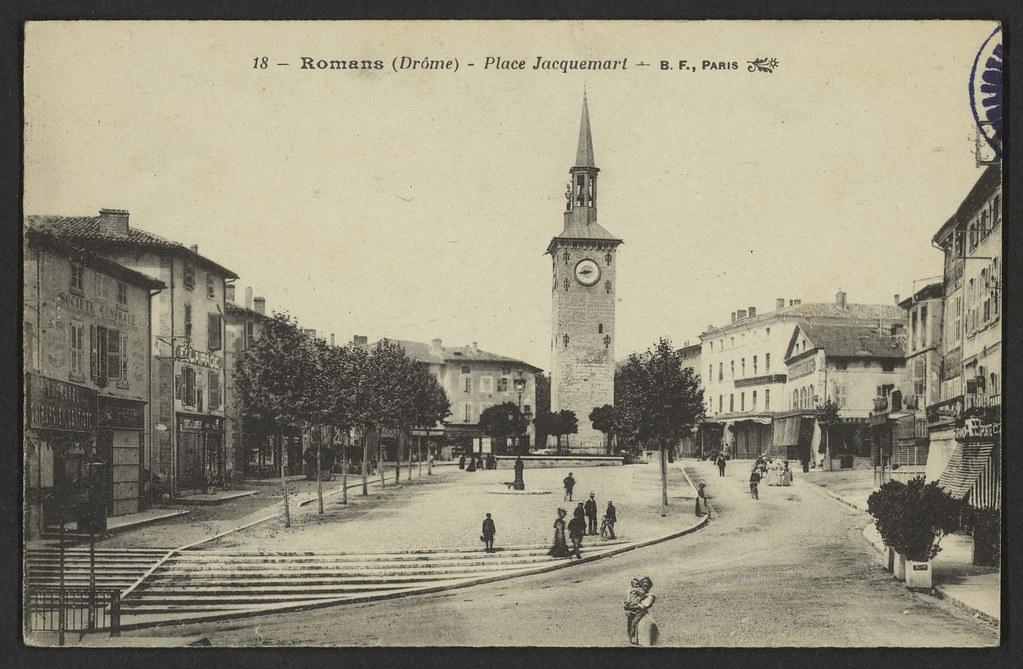 Romans (Drôme) - Place Jacquemart
