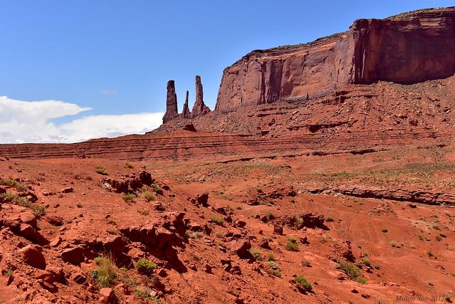 Three Sisters Mitchell Mesa Monument Valley, Arizona