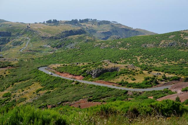 Road to Pico do Arieiro 2.jpg