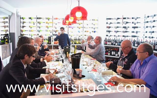Tast de vins al Vi més Vi Setmana Malvasia Sitges 2017