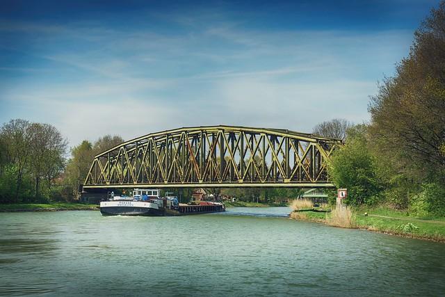 Binnenschiffsverkehr Dortmund-Ems-Kanal