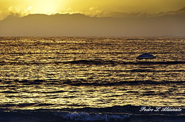 Marea Alta y sombrilla