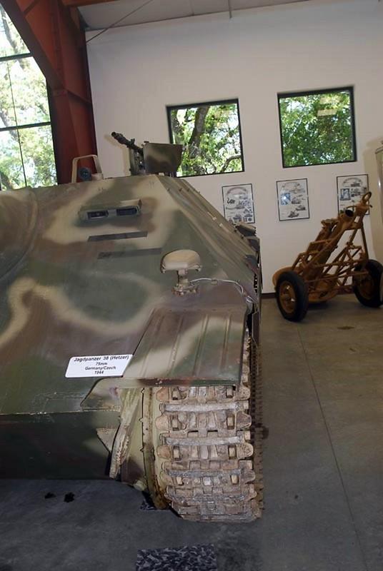 Jagdpanzer 38 Hetzer 2