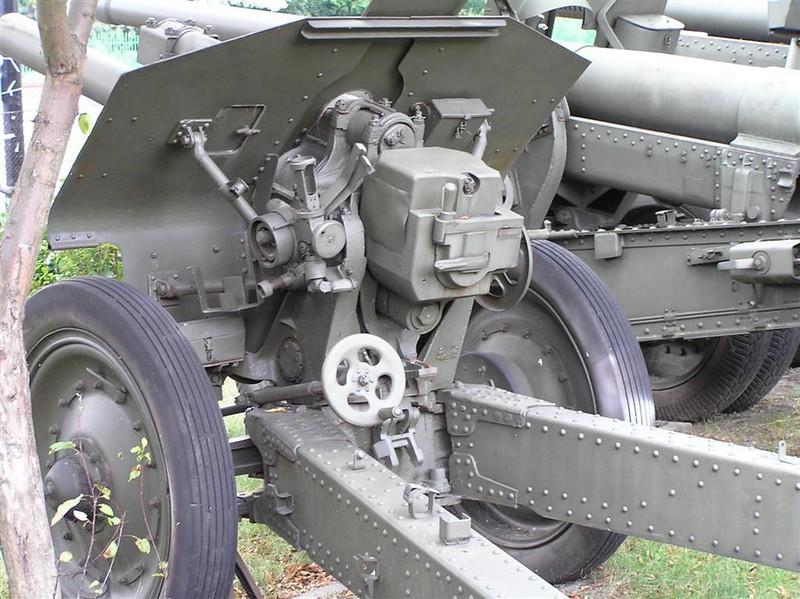 122 mm Howitzer (M-30) mod. 1939 6
