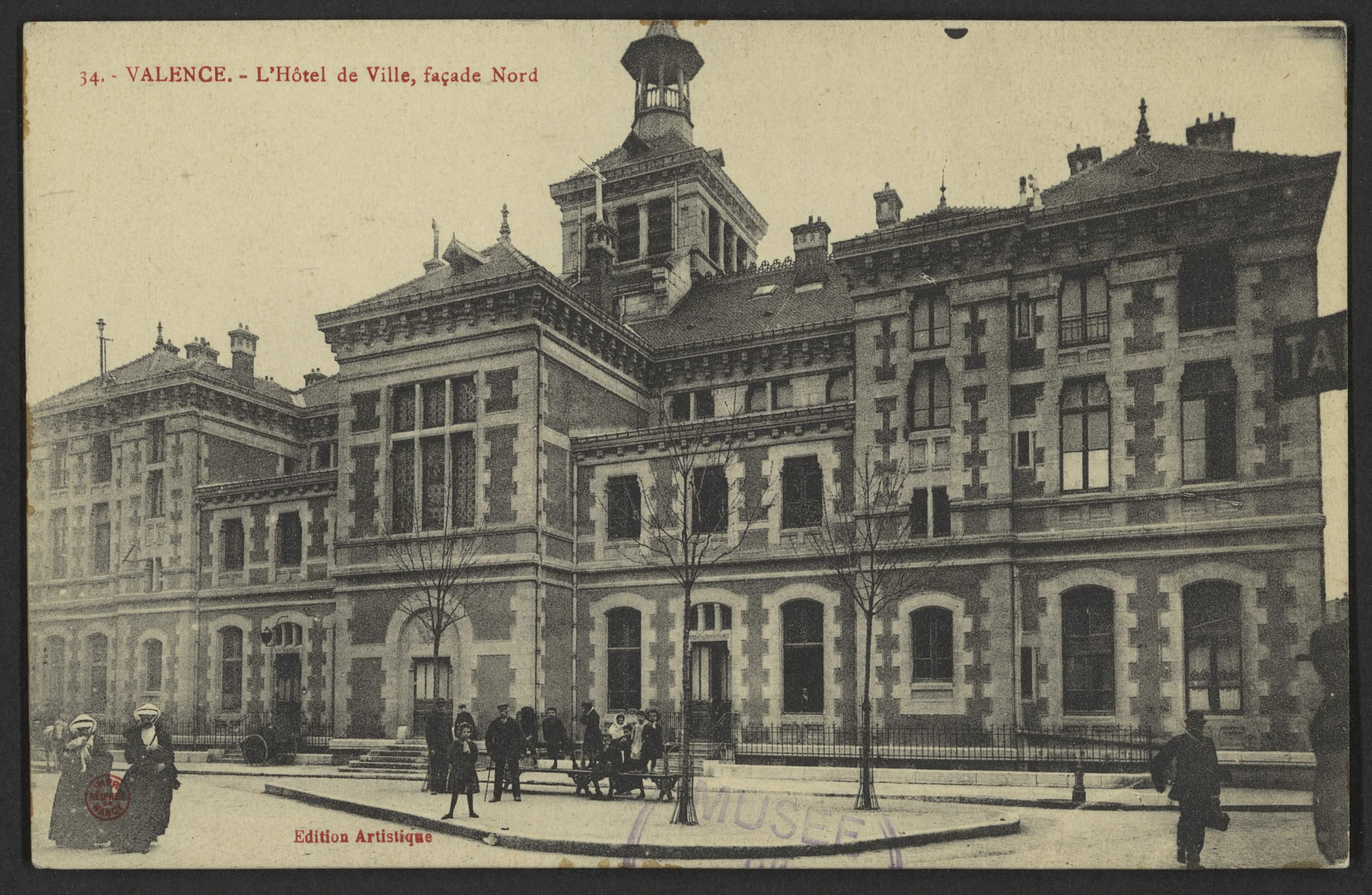 Valence. - L'Hôtel de Ville, façade Nord