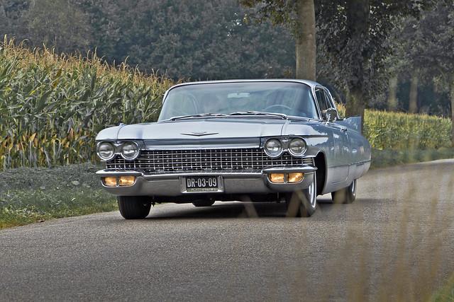 Cadillac Coupé DeVille 1960 (9070)