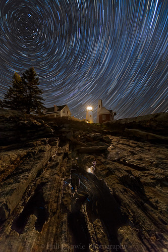 stars startrails northstar lighthouse newengland newenglandlighthouses rocks reflections night nightsky astrophotography landscapeastrophotography longexposure