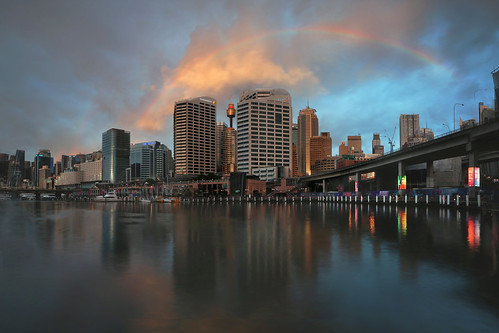 rainbowoverdarlingharbour rainbow darlingharbour sydney australia harbourfront reflection sunset afterrain canon5dmarkiii ef1635mmf28liiusm longexposure 2seconds travel lifeng