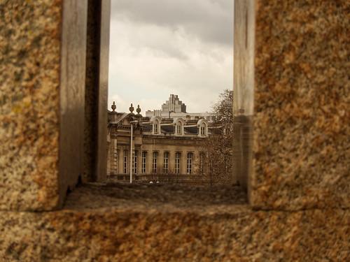 Le cadre de pierre - The stone frame