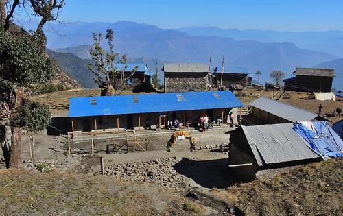 bâtiment leblu montagnes nepal préci salyanvdc solukhumbu village école