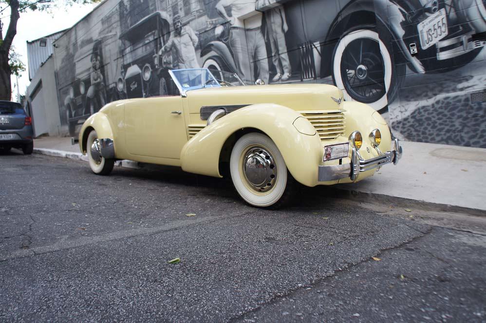 Cord 1937 812 Phaeton