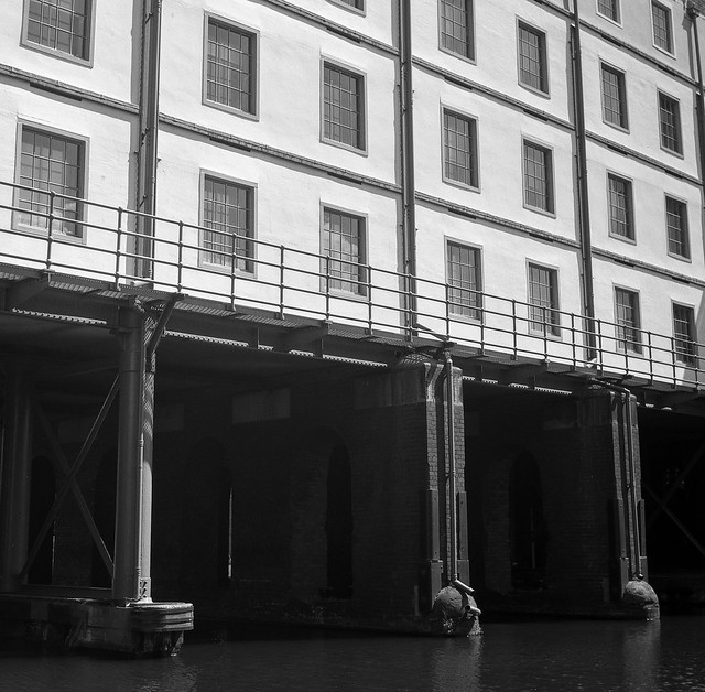 FILM - Straddle Wharf, Victoria Quays, Sheffield
