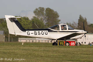 G-BSOU Piper PA-38 Tomahawk Private Glasgow airport EGPF 16.05-17 | by rjonsen