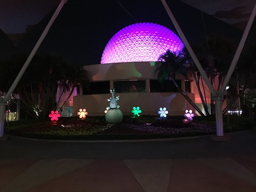 Spaceship Earth and Figment Topiary | by Disney, Indiana