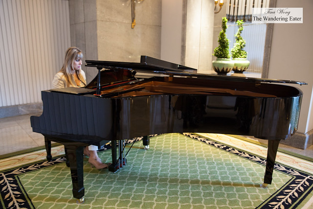Pianist performing outside Vaanda restaurant