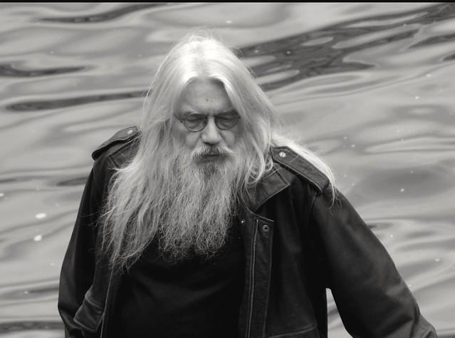 Nouveau druide ou vieil hippie ? New druid or old hippie ?