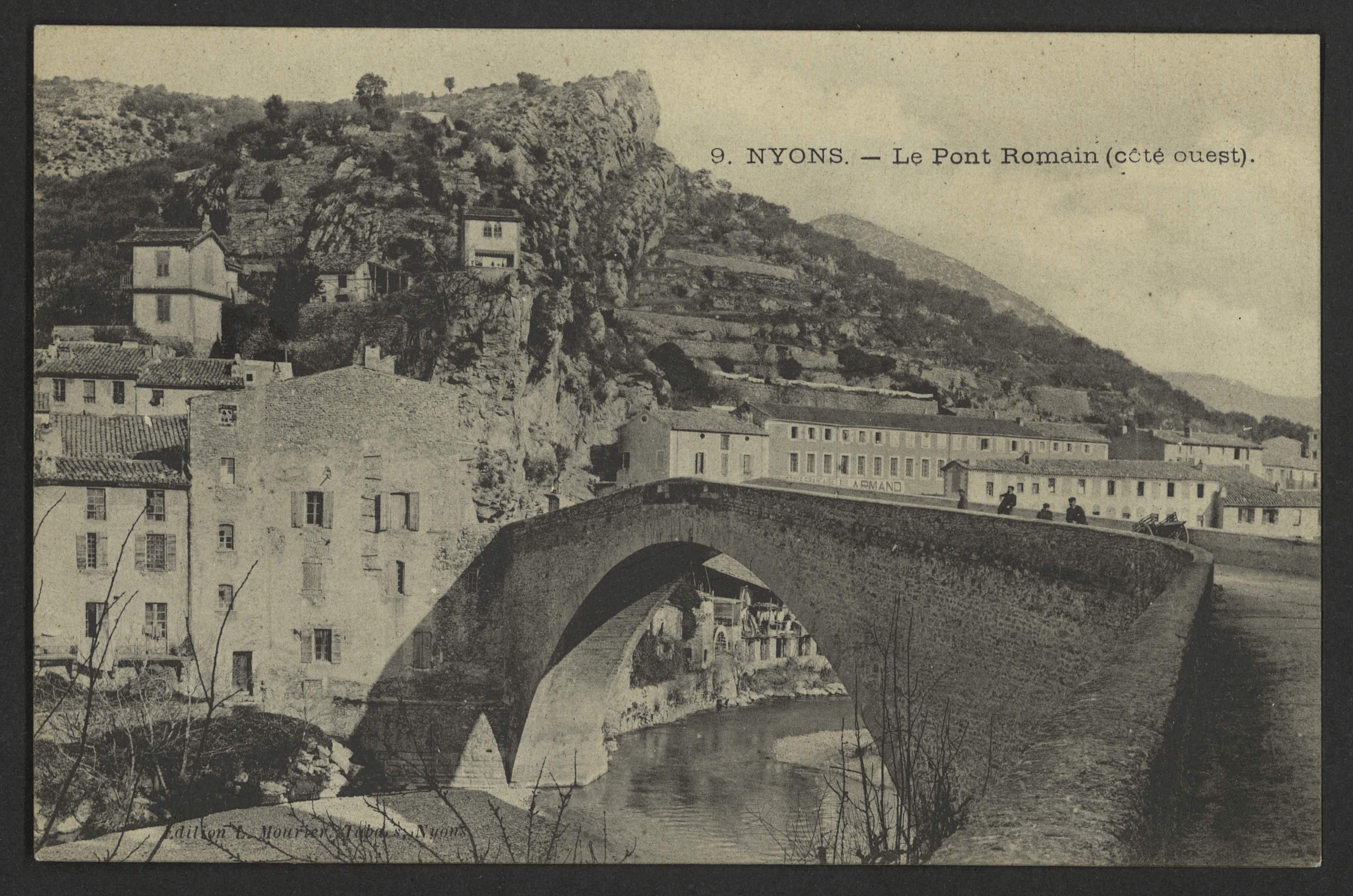 Nyons - Le pont romain (côté ouest)