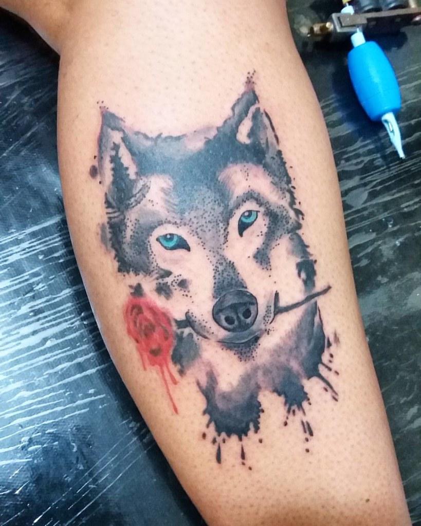 d39c819a7 ... #tattoo #tatuagem #tatuagemfeminina #lobo #wolf #lobotattoo #wolftattoo  #rosa