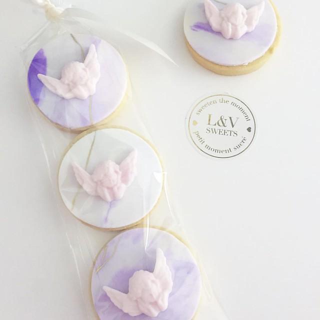 Little angels 💕 #lvsweets #favours #cookiefavors