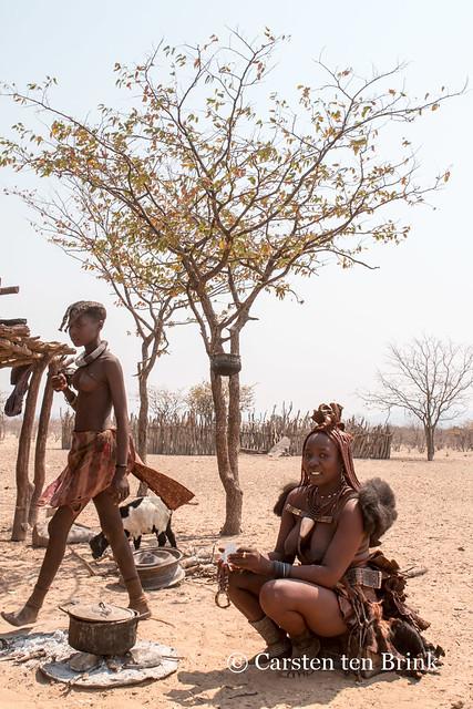 Himba near Opuwo