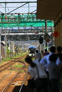 東三条駅 入線