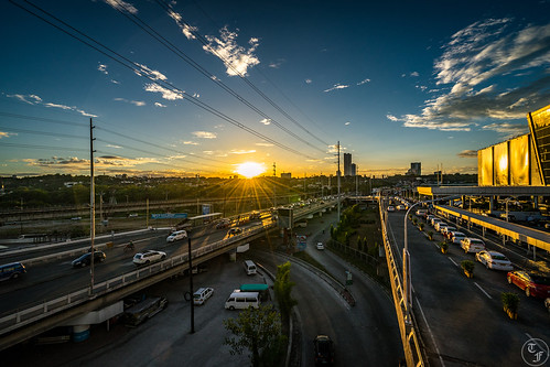 photography photo landscape landscapes cityscape cityscapes road roads avenue avenues highway highways building buildings sun sunset sunsets cloud clouds bridge bridges sony sonyalpha sonya7 sonya7ii adobe adobephotoshop adobelightroom photoshop lightroom landscapephotography landscapephoto