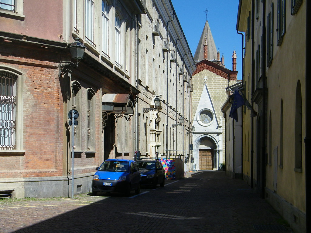 1] Cuneo (CN)