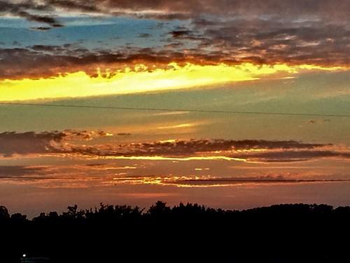 yellow clouds 100vu iphone6 500vu 500 500blk