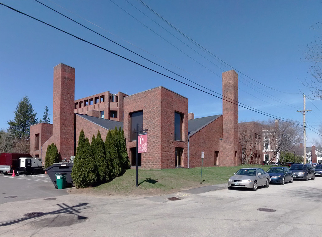 Phillips Exeter Academy Dining Hall/Library Heating and Cooling Facility