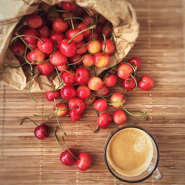 Un piccolo segnale d' #estate le #ciliegie a #colazione il…   Flickr