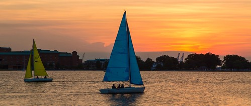 norfolk norfolkva water waterside watersidedistrict virginia boats sailing sunset hamptonroads 757