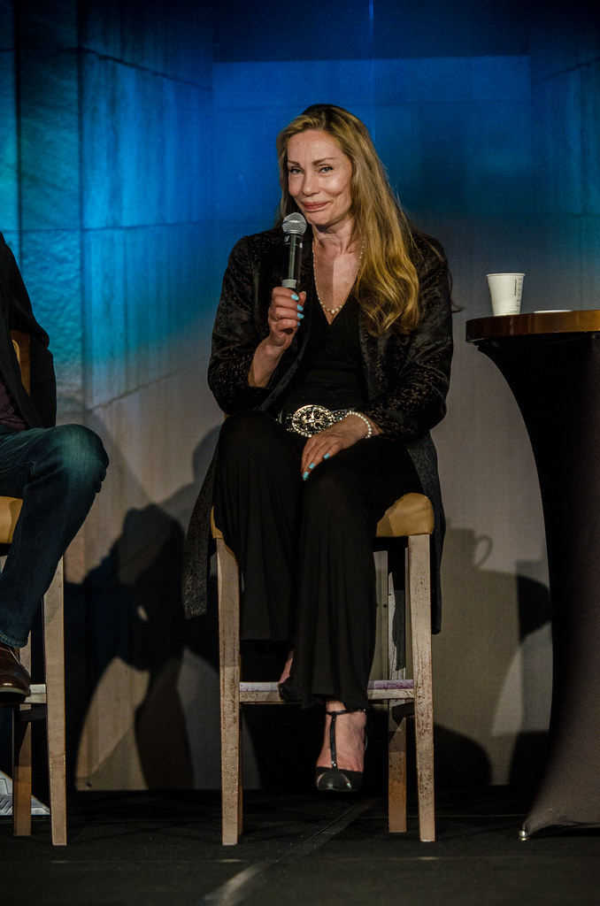 Virginia Hey | From Farscape among others. Shot at Comic