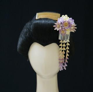 Ivory and Light Purple Tsumami Kanzashi With Bira