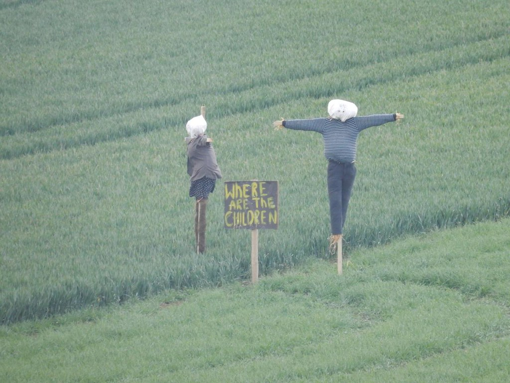Scarecrows Proof the art of scarecrow-making is lost. Baldock Circular
