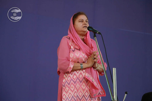 Devotional song by Sanjjula Chaudhary from Faridabad, Haryana