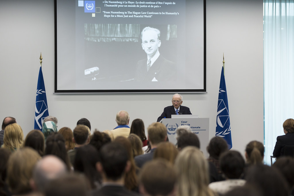 """Benjamin B  Ferencz visits ICC: """"Law Continues to be Human"""