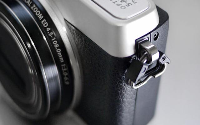 OLYMPUS オリンパス コンパクトデジタルカメラス STYLUS SH-1 ストラップ