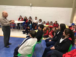 Dr. José Carlos conta história do Santo Ivo - Fund. 2 e Ens. Médio (mai/2017)