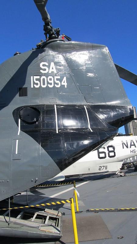 Boeing CH-46 Seaknight 4