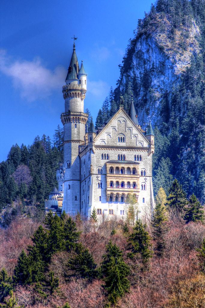 Schloss Neuschwanstein - Neuschwanstein Castle  Schloss Neu…  Flickr