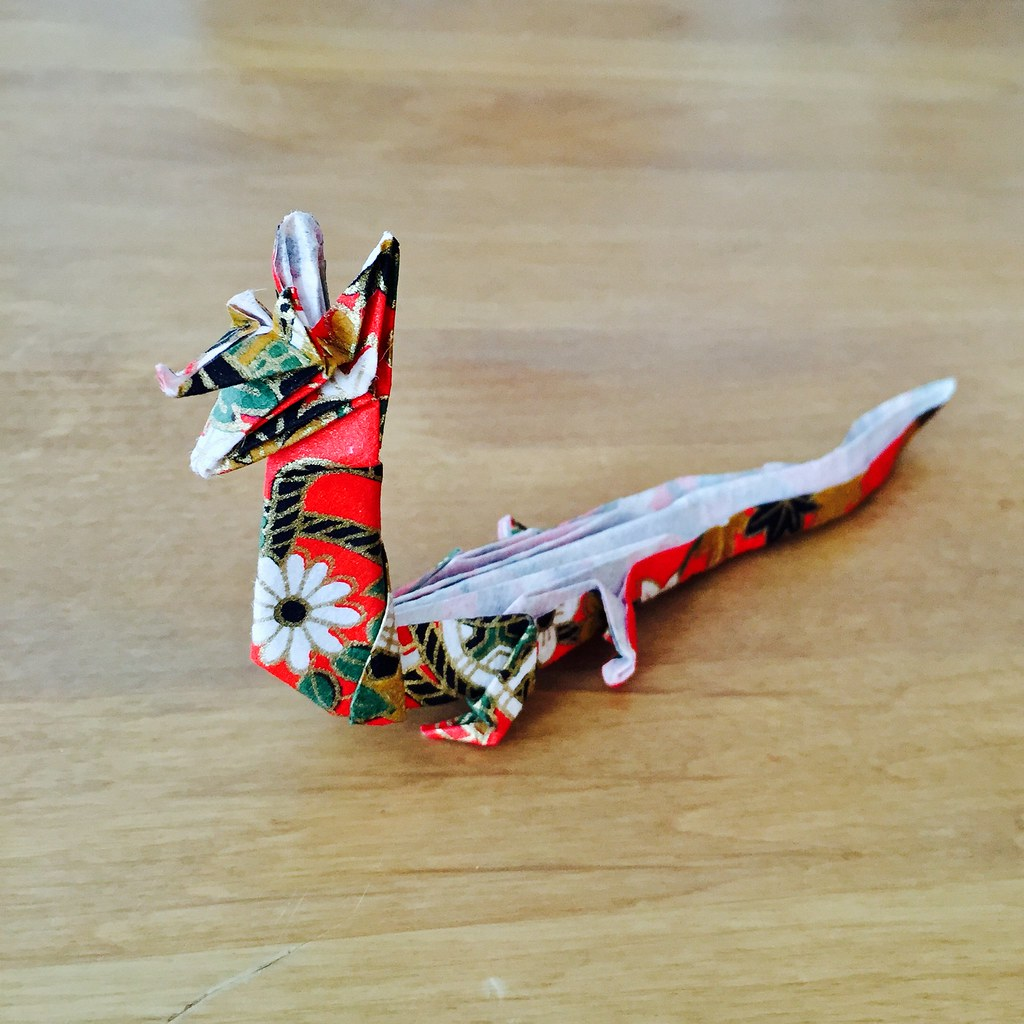 How to make 3D origami Chinese Dragon - YouTube | 1024x1024