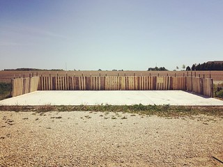 Concrete pad and pallet wall. #keepfertilityonthefarm @breslinfarms #pallets | by cheeses