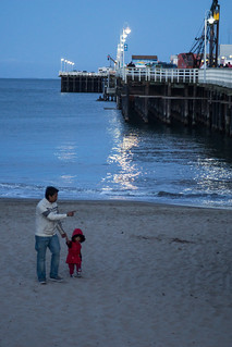 Father & Daugher Beach Walk   by hin_man