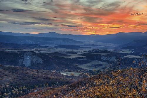 ridgway colorado sunset sanjuanmountains rockymountains valley fallfoliage fallcolors autumn