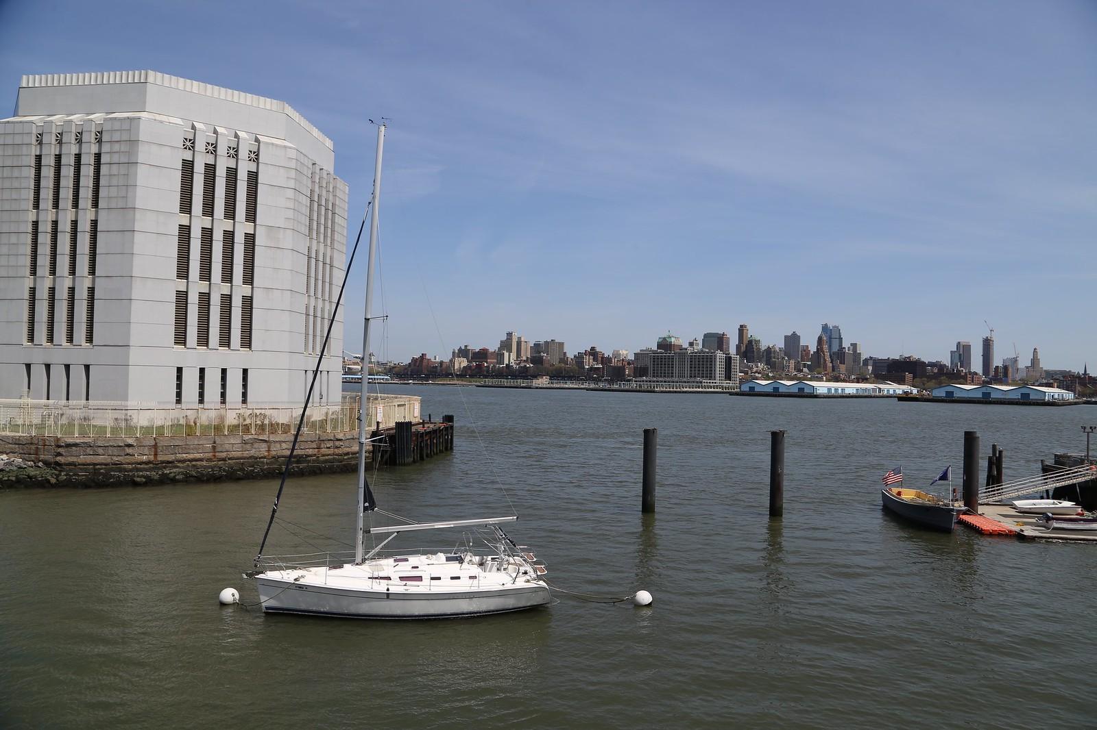 Urban Assembly New York Harbor School - District 2