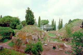 Tarquinia (VT), 1993, Necropoli dei Monterozzi.