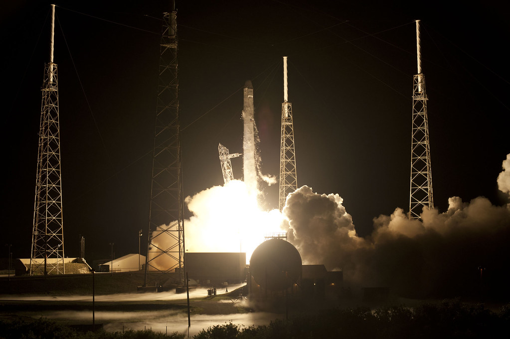 spacex dragon launch - 1023×681