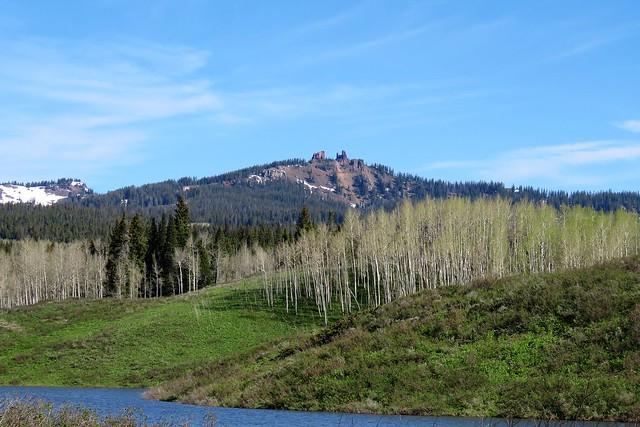 Muddy Pass Lake & the Rabbit Ears