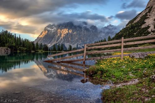 seebensee tirol tyrol ehrwald zugspitze wettersteingebirge wetterstein mountains sunset clouds reflections